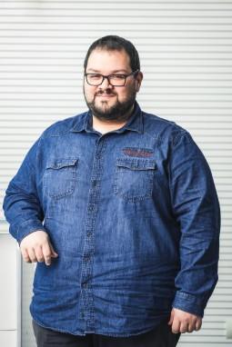 Alessandro Sallam | Wholesale designer clothing online | Stock designer clothing | Styliafoe